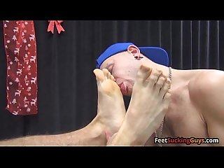 Horny amateur Gizzy loves sucking toes and pounding tight ass