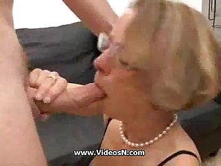 Mature get analn facial and fisted