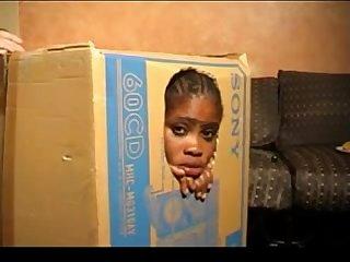 Negretta umile E indifesa usata come giocattolo sessuale view more videos on befucker com