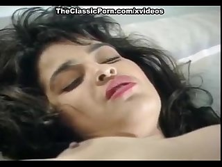 Iesha madison in 1970 pornstars do pussy licking and fingering