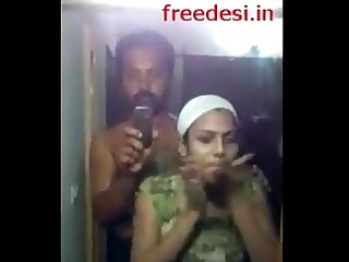 Young mallu wife s bath captured by hubby wid audio kidilam 1