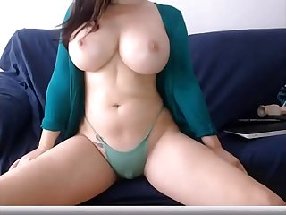 Big boobs cam model on live cam sexygirlsoncameras com