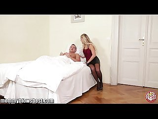 Mommybb young blond milf caughts her male friend masturbating and bj him