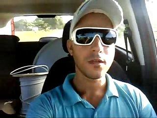 Tcnico da oi Punhetando no carro