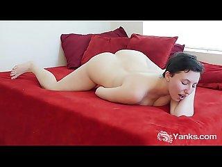 Yanks Busty Jenny Mace Masturbates