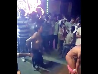 Indian tamil girls naked on street video clip - Wowmoyback