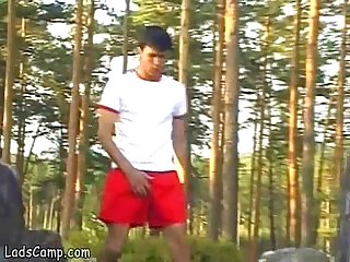 Young gay jogger bangs a hunky stranger in the ass