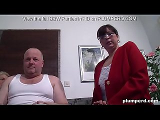 Threesome with chubby mature women and old Irish man