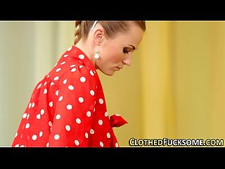 Glam euro Lesbo fingered