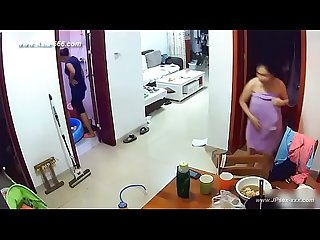 Hackers use the camera to remote monitoring of a lover S home life 77
