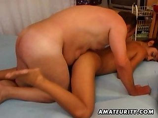 Amateur Girlfriend getting fucked and facialized by A fat guy
