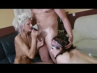 Chacha and Josiane two mature who eats pussy