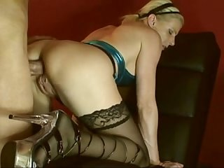 Mature blonde german riding cock