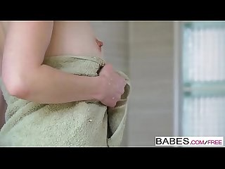 Babes - Hot Shower - Crystal Clark