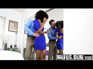 Mofos - Ebony GFs Pre-Party Pounding starring (Riley King)