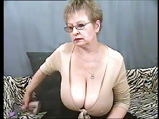 Hot Mature granny on cam hotcam girls com