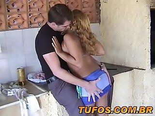 Sexo com Safadinha no churrasco em famlia
