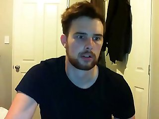 Handsome new zealand man shows off his big dick on webcam