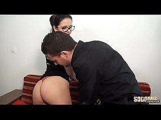 Angelica jeune tudiante qui aime le sexe
