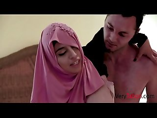 Daugter in HIJAB fucks White STEPDAD- Ella Knox