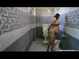 Dipinitta bhabhi sexy indian mother in law filmed in shower