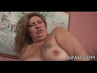 Large beautiful woman fucking