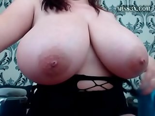 natural extremal big boobs and squirting lady