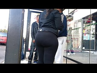 Candid crazy omg wtf bubbled out teen booty of nyc