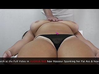 Masseur Massage Arab Milf with Big Boobs and Fat Ass with his Dick !