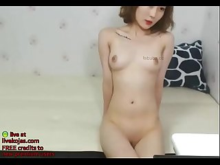 Korean small camgirl masturbates live at livekojas com