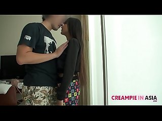 Thai girl receives creampie from Japan guy