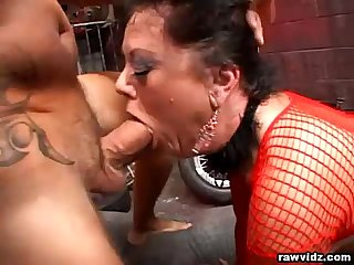 Milf de bella wants two big cocks