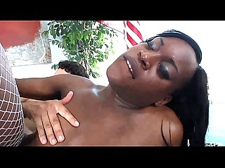 Ebony tranny shemale gets fucked