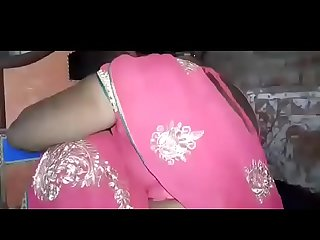 Nude indian Saree Aunty