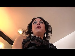 Mature tranny ladyboy sucked off