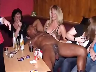 WIFES AND DAUGHTERS LOVE MAKE HANDJOBS TO STRIPPERS