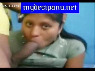 Mumbai office girl sneha sucking and giving blowjob to her boss