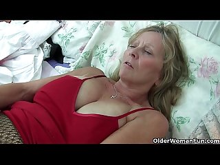 Grandma isabel with her big breasts rips open her pantyhose