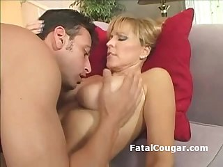 Bigtits older slut in pantyhose gags on fat dick and gives tight titjob