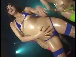 Dirty Dance in oil bath and micro bikini 02