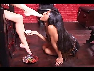 Headmistress sade vs goddess Maya femsub foot worship