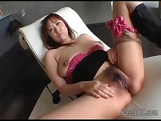 Busty Mayumi loves having her�puffy twat stimulated well�