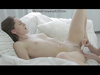 Both porn babes Eva and Zarina reach the strong orgasm