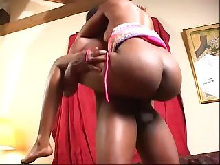 Black dude eats curvy slut's pussy on the couch then they bang