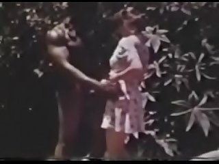 Vintage White Woman Enjoys First BBC- SlutCams69.com