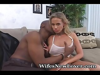 Lonely Wife Needs To Be Seduced
