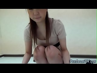 Fetish asian ho loves peeing