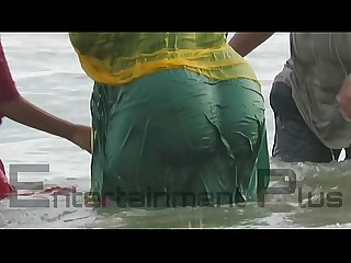 Desi big ass aunty getting wet