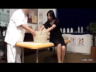 Japanese girl massage out of the world reaction