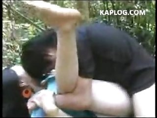 Husband and wife fuck in the forest